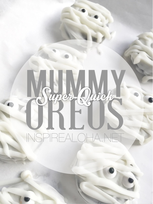 Super Quick Halloween Treats -- Mummy Oreos -- Inspirealoha.net